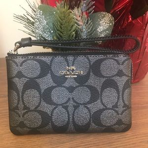 NEW Coach Corner Zip Wristlet in Signature Canvas
